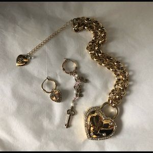 Betsey Johnson necklace and earrings